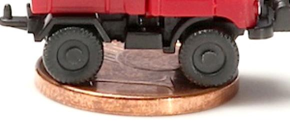 Ein Unimog im Cent-Format.